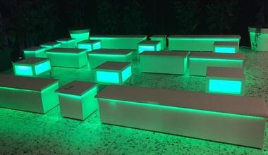 verhuur verlichte loungebanken meubilair